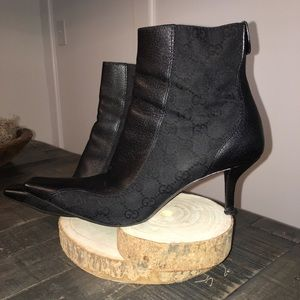 GUCCI Booties GG Leather and Tapestry Size 9.5 EUC